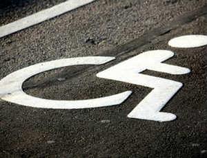 10% машино-мест отдадут инвалидам АРДИП