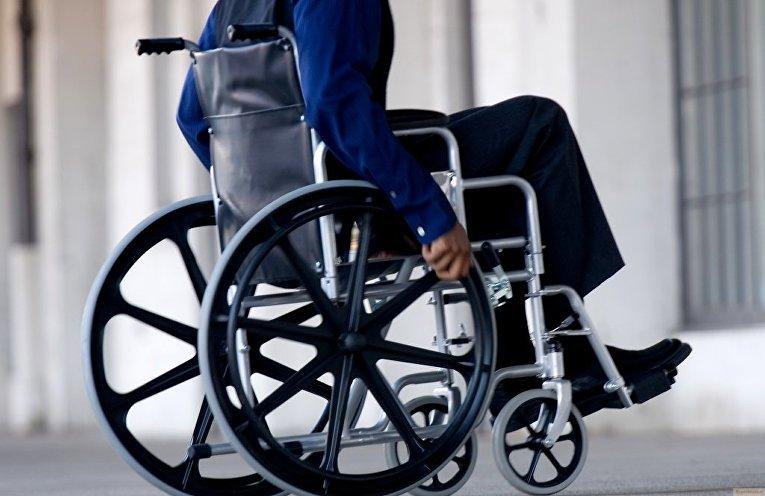 Правительство поддержало введение штрафов за ошибки, лишающие инвалидов льгот АРДИП