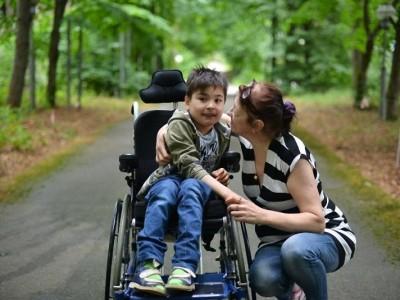 В ГОСДУМУ внесен на рассмотрение законопроект об увеличении пособий по уходу за детьми-инвалидами АРДИП