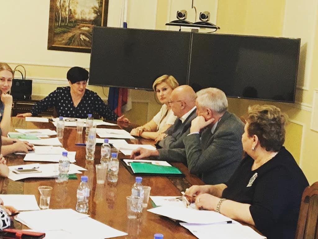 Обсуждение плана Десятилетия детства прошло при координационном совете Правительства РФ АРДИП