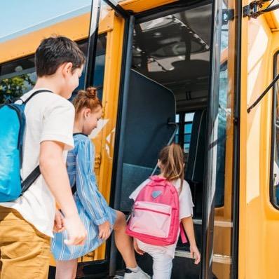Льготникам Подмосковья разрешат ездить бесплатно и на коммерческих маршрутах общественного транспорта. АРДИП